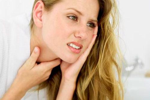 Как правильно лечить ангину у взрослого чтобы избежать осложнений