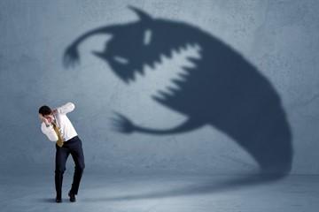 Почему возникают приступы паники, страха, при которых повышается давление и учащается пульс