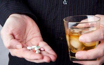 Снотворные средства и алкоголь, спиртное — совместимость, последствия употребления