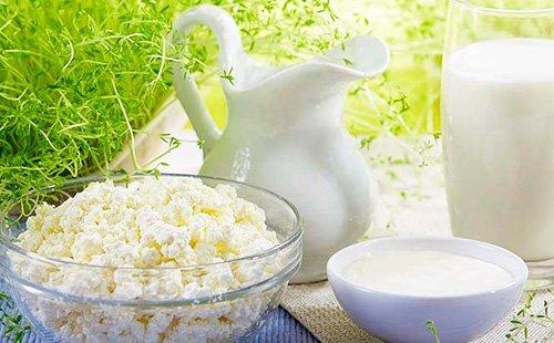 Кефир как прикорм: со сколько месяцев вводить, прикорм кефиром по Комаровскому