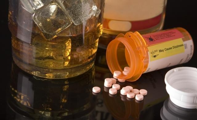 Цефтриаксон и алкоголь: совместимость, через сколько можно пить алкоголь после лечения цефтриаксоном, последствия употребления