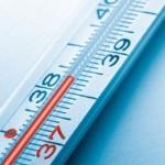 Почему периодически повышается температура на протяжении месяца?