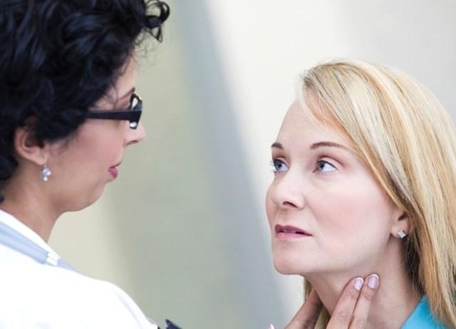 Указывает ли воспаление лимфоузла горла на ВИЧ?